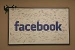 Facebook zatrudni tysiące osób