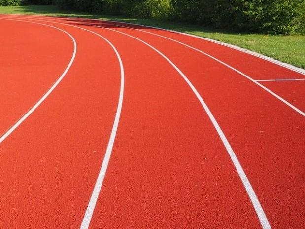 s_tartan-track-609708_640